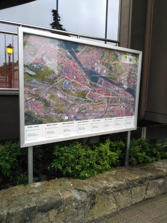 Colocación de paneles, tablones informativos en Bilbao